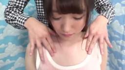 只用乳頭立即高潮!巨乳女大學生挑戰摩擦下體!高潮多次依然瘋狂抽插的連續內射! !